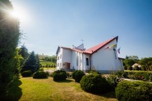 Kaplica św. Brata Albert w Dąbrówce Tuchowskiej